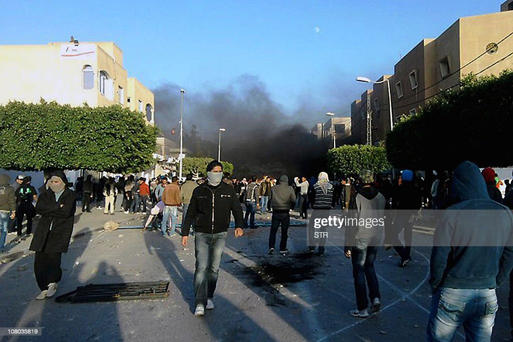 Demonstrators clash with security forces : News Photo