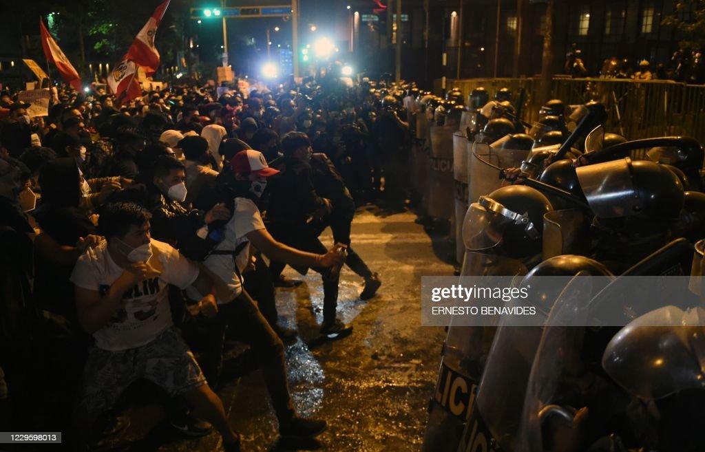 PERU-POLITICS-CRISIS-PROTEST : News Photo