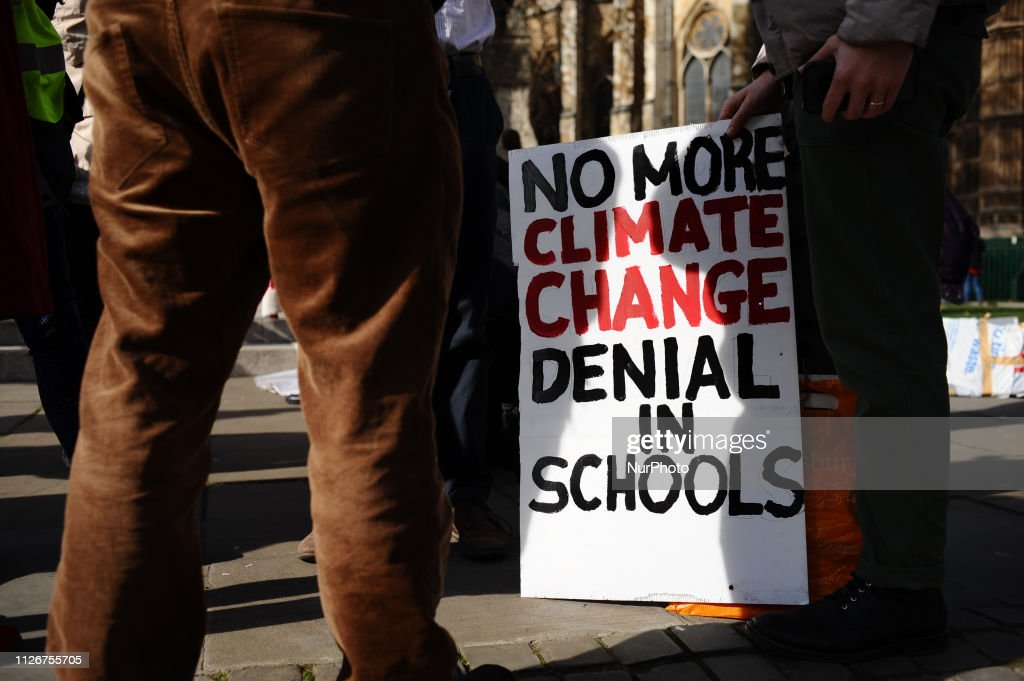 GBR: Teachers Call For Climate Change Education At London Demo