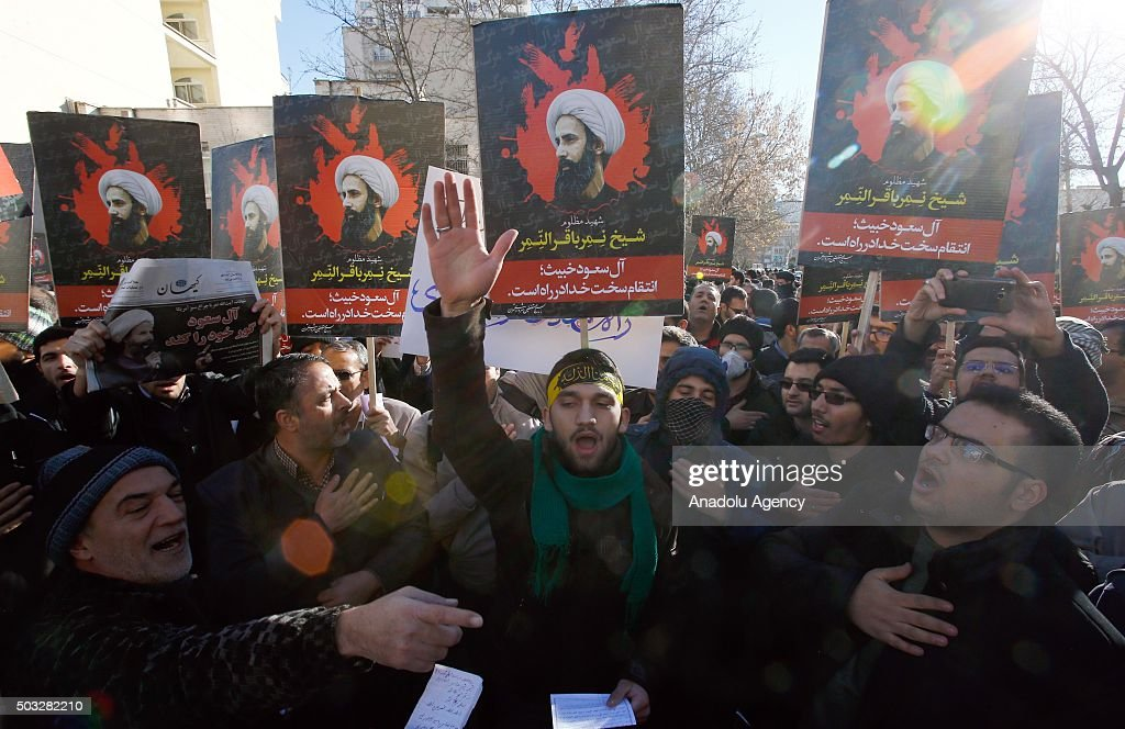 Protest in Tehran against execution of Shiite cleric : News Photo