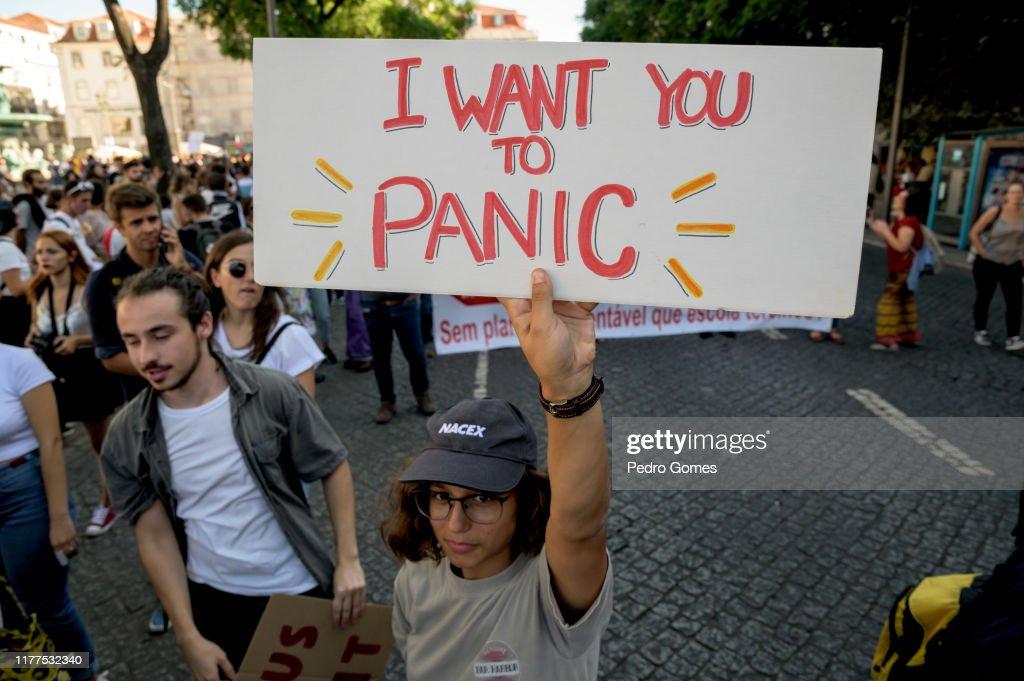 Climate Strike In Lisbon : News Photo