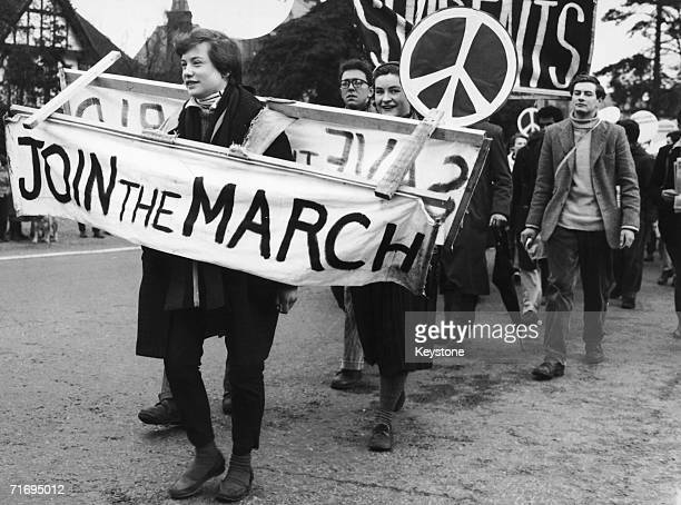 CND demonstrators leaving Maidenhead on their march from London to Aldermaston Atomic Weapons Research Establishment in Berkshire 6th April 1958 The...