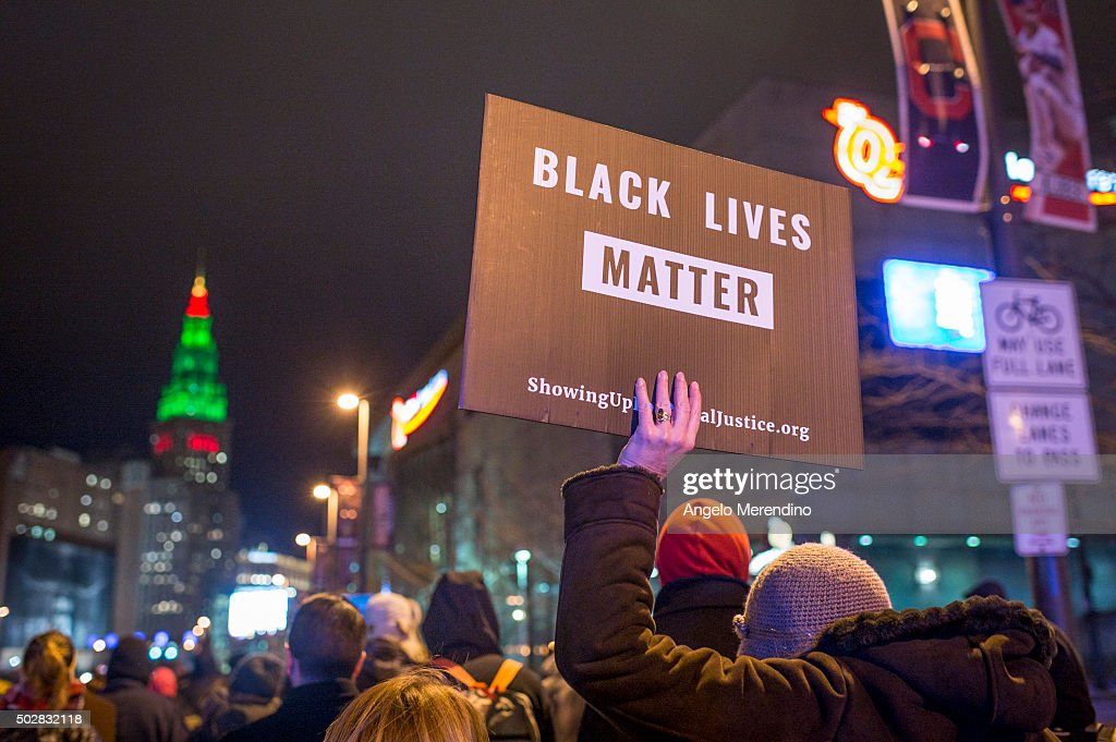 Clevelanders Protest Grand Jury Decision Not To Indict Cops In Tamir Rice Shooting : Nachrichtenfoto