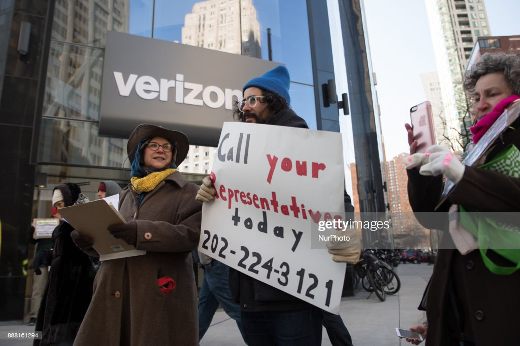 US Net Neutrality Repeal : News Photo