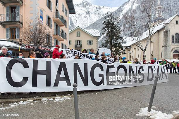 CONTENT] Demonstrators protest against air pollution in Chamonix France February 8 2014 holding a sign reading in English Let's Change the Air...