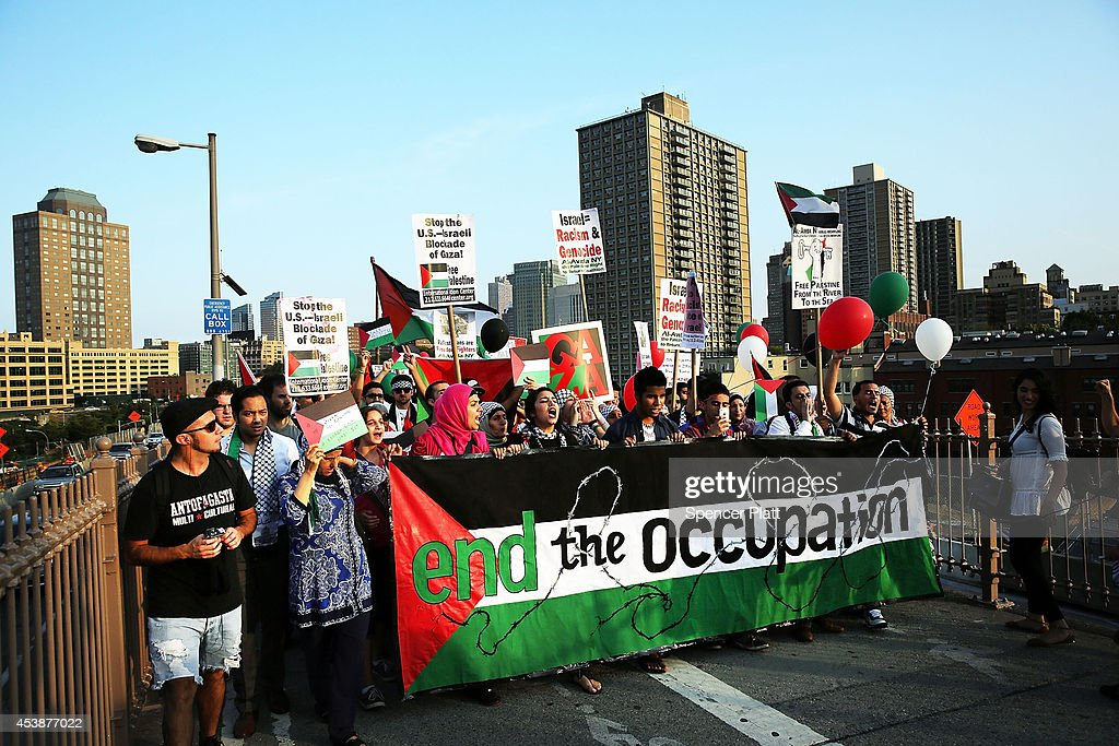 Activists Hold Palestinian Solidarity March And Rally : News Photo