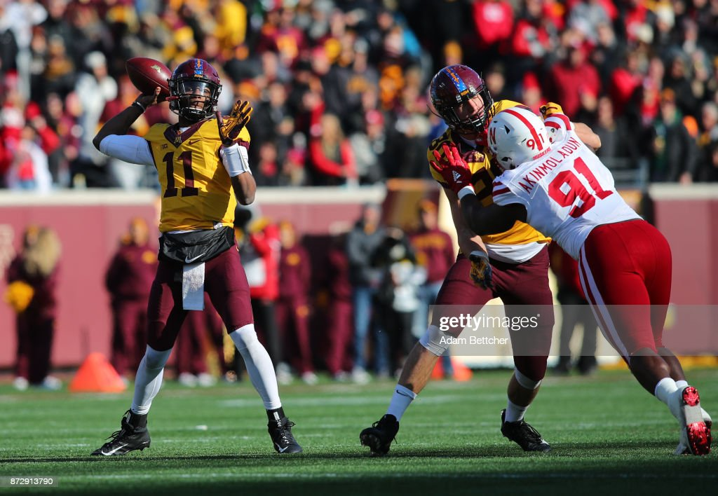 Demry Croft #11 of the Minnesota Golden Gophers looks for an open receiver in the second quarter against the Nebraska Cornhuskers at TCF Bank Stadium on November 11, 2017 in Minneapolis, Minnesota.