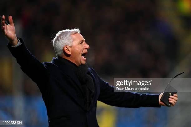 Den Haag manager / Head coach, Alan Pardew gives his players instructions from the sidelines during the Eredivisie match between ADO Den Haag and RKC...