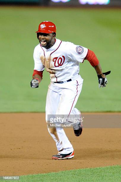 Denard Span of the Washington Nationals runs to third base during a baseball game against the Cincinnati Reds on April 25 2013 at Nationals Park in...