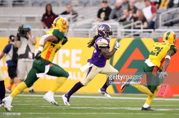 DenardRobinson of the Atlanta Legends rushes the ball during the first quarter of the Alliance of American Football game against the Arizona...
