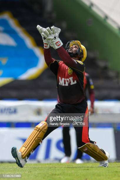 Denesh Ramdin of Trinbago Knight Riders takes the catch to dismiss Roston Chase of Saint Lucia Kings during the 2021 Hero Caribbean Premier League...