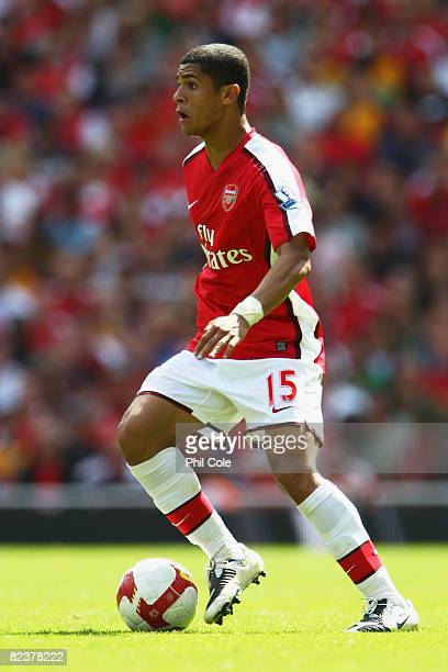 Denilson of Arsenal in action during the Barclays Premier League match between Arsenal and West Bromwich Albion at the Emirates Stadium on August 16...