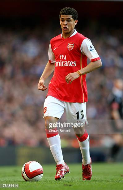 Denilson of Arsenal in action during the Barclays Premiership match between Arsenal and Reading at The Emirates Stadium on March 3 2007 in London...
