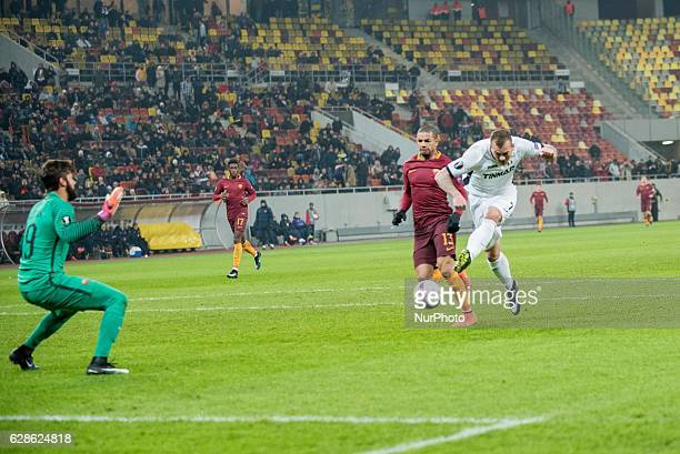 Denis Alibec of FC Astra Giurgiu andd Bruno Peres of AS Roma during the UEFA Europa League 20162017 Group E game between FC Astra Giurgiu and AS Roma...