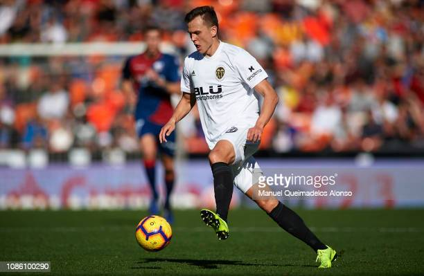 Denis Cheryshev of Valencia in action during the La Liga match between Valencia CF and SD Huesca at Estadio Mestalla on December 23 2018 in Valencia...