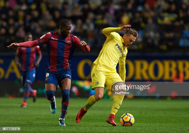 Denis Cheryshev of Villarreal CF and Jefferson Lerma of Levante Union Deportiva during the La Liga match between Villarreal CF and Levante Union...