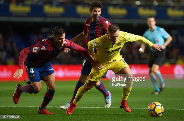 Denis Cheryshev of Villarreal CF and Robert Pier of Levante Union Deportiva during the La Liga match between Villarreal CF and Levante Union...