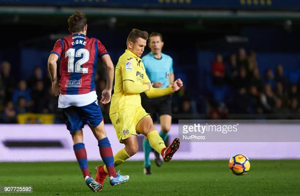 Denis Cheryshev of Villarreal CF and Sasa Lukic of Levante Union Deportiva during the La Liga match between Villarreal CF and Levante Union Deportiva...