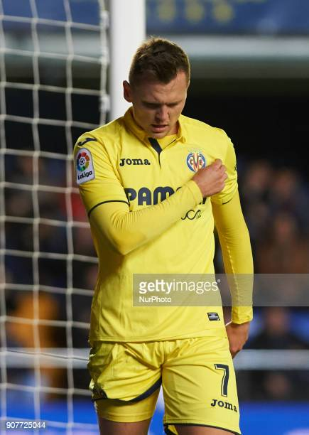 Denis Cheryshev of Villarreal CF celebrates after scoring a goal during the La Liga match between Villarreal CF and Levante Union Deportiva at...
