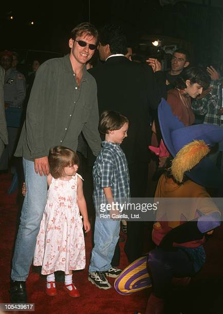 Denis Leary and Kids during 'The Hunchback of Notre Dame' New York City Premiere at Ziegfeld Theater in New York City New York United States