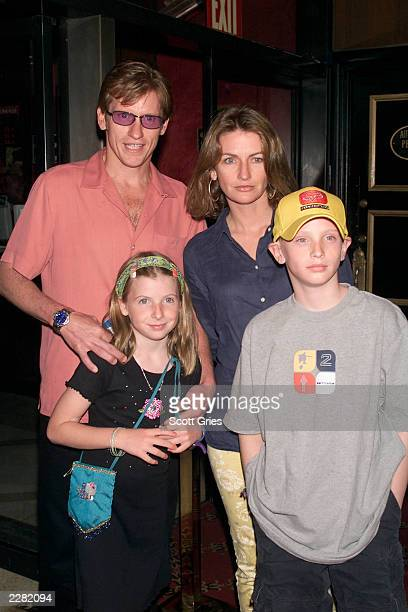 Denis Leary arrives with his family wife Ann Lembeck Leary daughter Devin and son Jack at the New York premiere of the new Disney film 'Atlantis The...