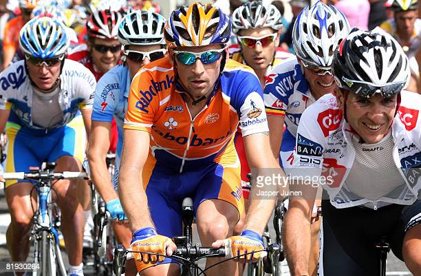 Denis Menchov of Russia and team Rabobank climbs the Col du Tourmalet during stage ten of the 2008 Tour de France on July 14, 2008 in Hautacam,...