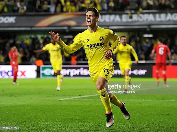 Denis Suarez of Villarreal CF celebrates after Adrian Lopez scored their opening goal during the Europa League Semi Final first leg match between...