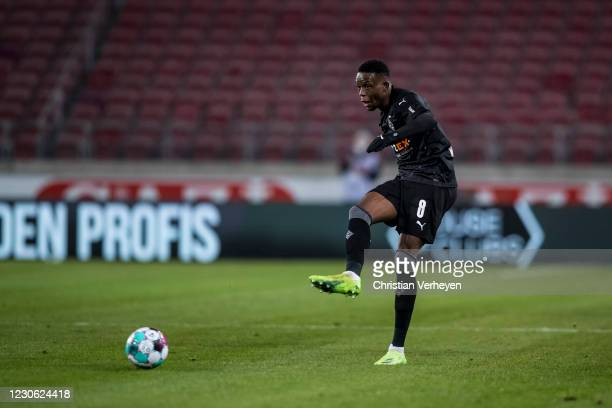 Denis Zakaria of Borussia Moenchengladbach in action during the Bundesliga match between VfB Stuttgart and Borussia Moenchengladbach at Mercedes-Benz...