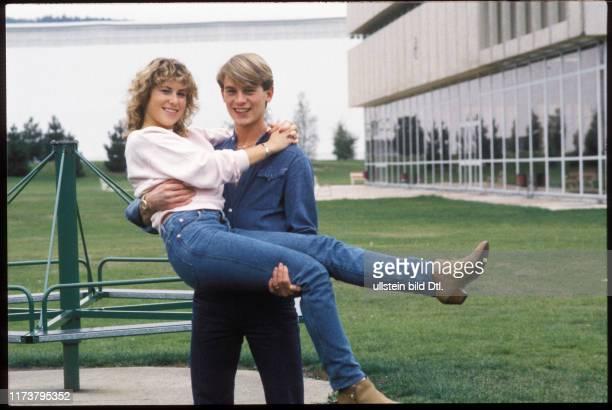 Denise Biellmann and Colin Dawson 1983