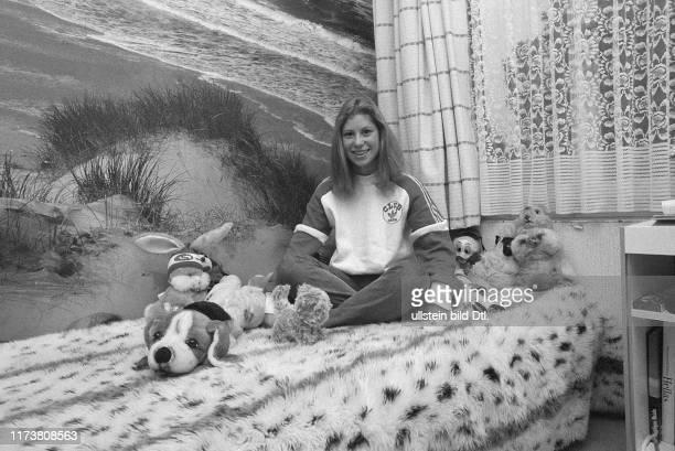 Denise Biellmann in her girls room 1981