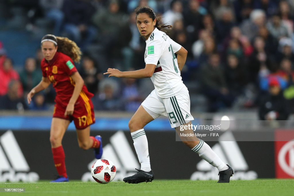 Spain v Mexico - FIFA U-17 Women's World Cup Uruguay 2018 Final : Fotografía de noticias
