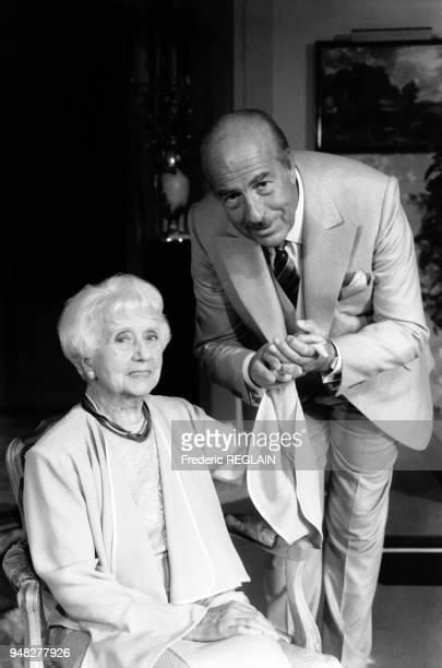 Denise Grey et Guy Tréjan vont jouer prochainement dans la pièce de théâtre 'Les Temps difficiles' d'Édouard Bourdet au Théâtre des Variétés en...