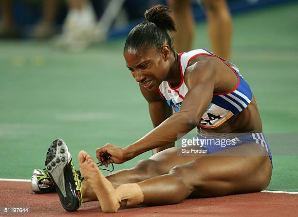 Denise Lewis of Great Britain is seen grimaces after the 200 metre women's heptathlon on August 20 2004 during the Athens 2004 Summer Olympic Games...