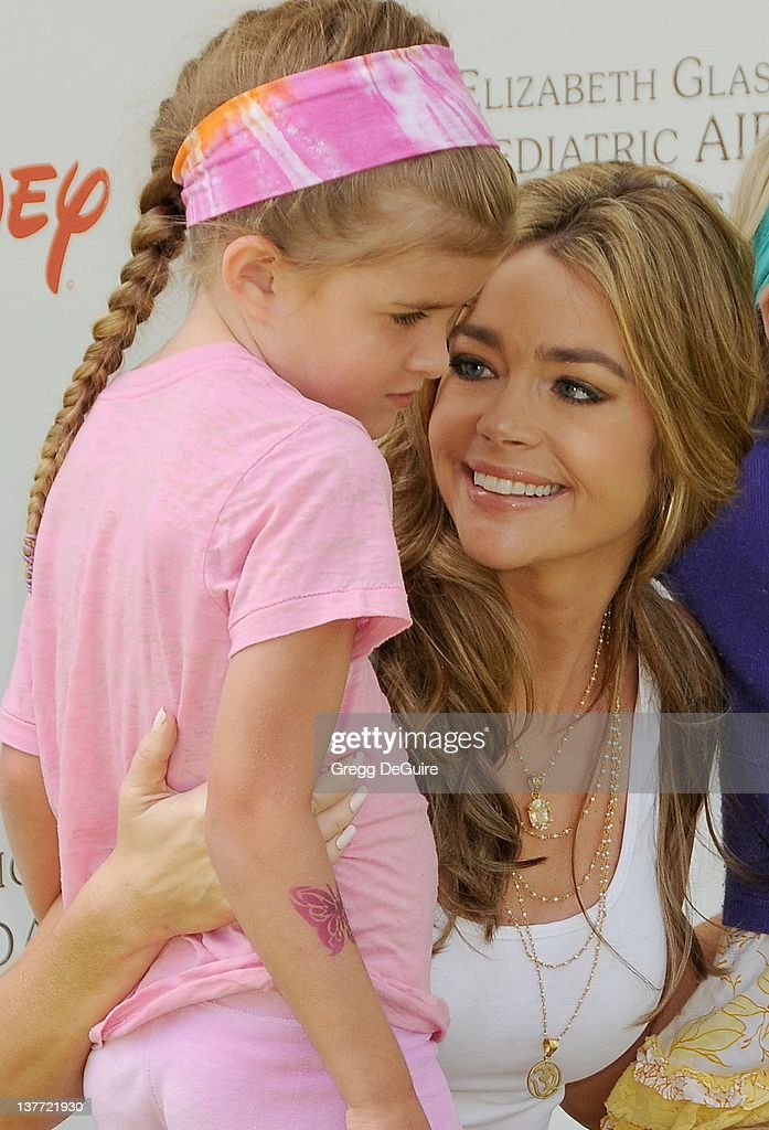 Denise Richards and daughter's arrive at the 21st Annual A Time For Heroes Celebrity Picnic sponsored by Disney to benefit The Elizabeth Glaser Pediatric AIDS Foundation on June 13, 2010 at the Wadsworth Theater on the VA Lawn in Los Angeles, California.