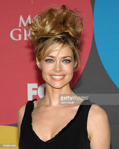 Denise Richards during 2006 Billboard Music Awards - Arrivals at MGM Grand Hotel in Las Vegas, Nevada, United States.