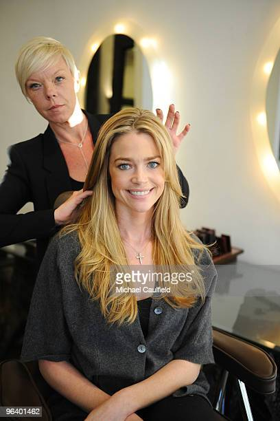 ACCESS*** Denise Richards turns to celebrity hairstylist Tabatha Coffey for her color and styling at Warren Tricomi Salon on February 3 2010 in West...