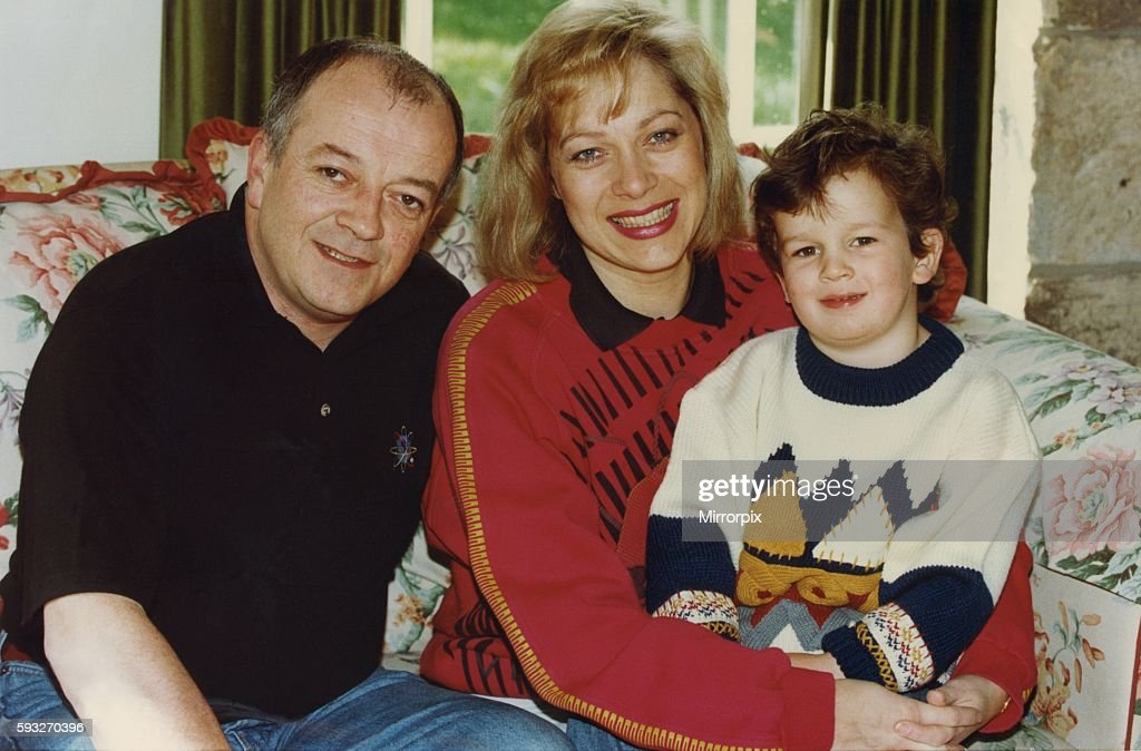 Denise Welch and husband Tim Healy pictured at home with their son Matthew 13 September 1994 circa : News Photo