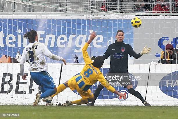 Deniz Dogan of Braunschweig scores the 1-1 goal during the Third League match between 1.FC Heidenheim and Eintracht Braunschweig at the GAGFAH Arena...