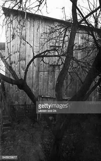 Denke KarlMassenmörder DDenke ermordete 26 Männer und 5 Frauen Bei ihm fand man Behälter mit gepökeltem MenschenfleischHolzschuppen des Massenmörders...