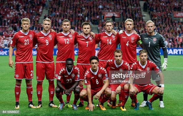 Denmark pose for a group picture Andreas Cornelius Nicolai Jorgensen Andreas Bjelland William Kvist Henrik Dalsgaard Simon Kjar Kasper Schmeichel...