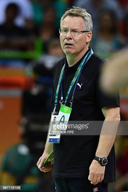 Denmark's coach Gudmundur Gudmundsson during the men's preliminaries Group A handball match Denmark vs Argentina for the Rio 2016 Olympics Games at...