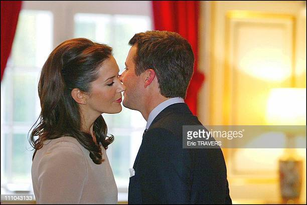 Denmark'S Crown Prince And His Fiancee Mary Elizabeth Donaldson in The Fredensborg Castle in Fredensborg Denmark on October 08 2003