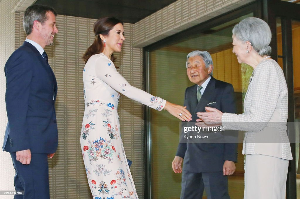 Denmark's crown prince, princess visit Imperial Palace in Tokyo : News Photo