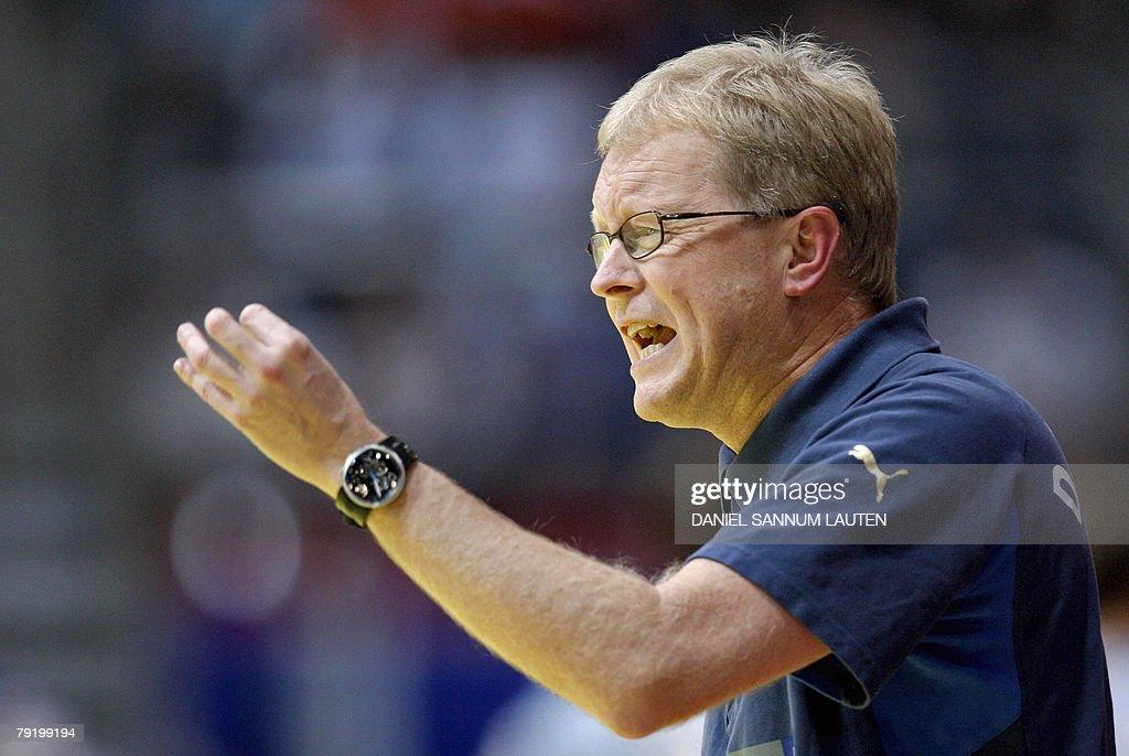Denmark's head coach Ulrik Wilbek reacts during their 8th Men's European Handball Championship Main Round match, 24 January 2008 at the Stavanger Idrettshall.