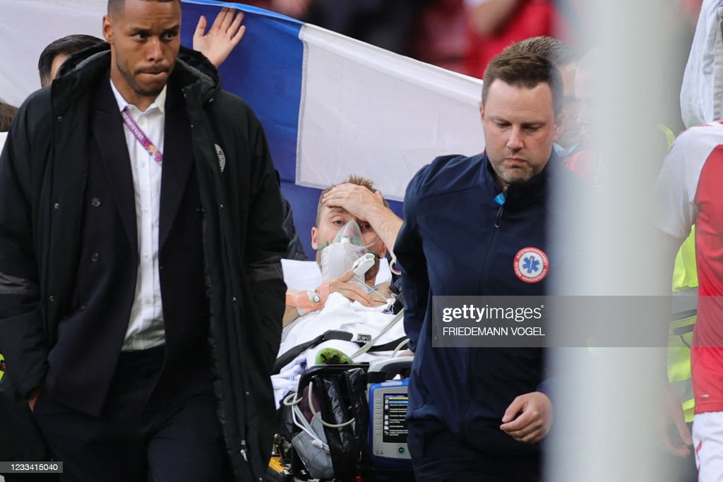 TOPSHOT-FBL-EURO-2020-2021-MATCH03-DEN-FIN : News Photo
