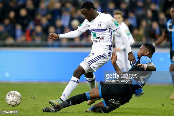 Dennis Appiah of RSC Anderlecht Stefano Denswil of Club Brugge during the Belgium Pro League match between Club Brugge v Anderlecht at the Jan...