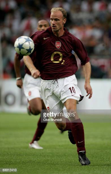 Dennis Bergkamp of Arsenal during the LG Amsterdam Tournament friendly match between Arsenal and FC Porto at The Amsterdam Arena on July 31 2005 in...