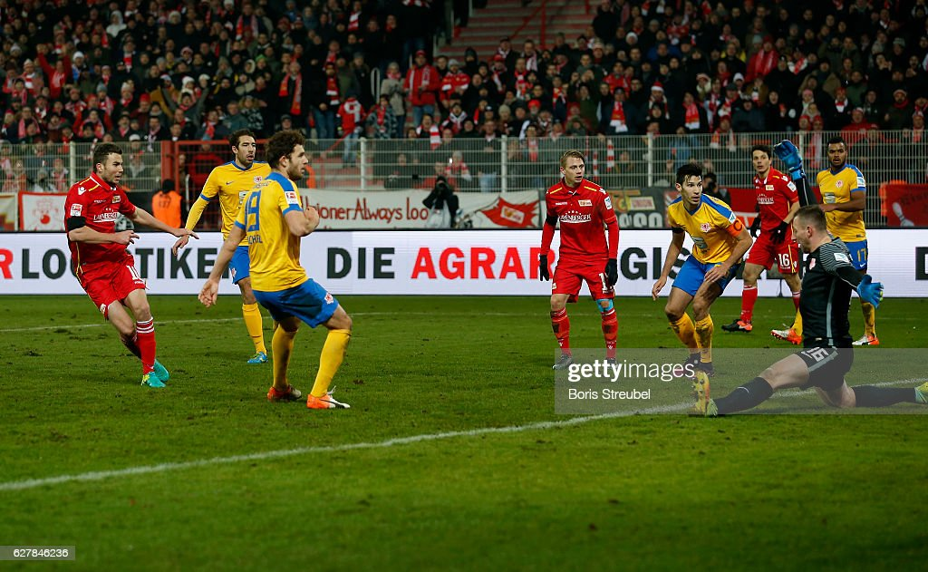 Dennis Daube of Union Berlin scores his team's second goal during the Second Bundesliga match between 1. FC Union Berlin and Eintracht Braunschweig at Stadion An der Alten Foersterei on December 5, 2016 in Berlin, Germany.