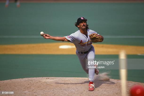 Dennis Eckersley of the St Louis Cardinals pitches during a baseball game against the Philadelphia Phillies on August 15 1997 at Veterans Stadium in...