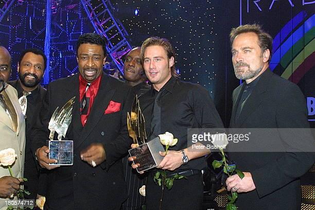 """Dennis Edwards , Mitglieder der;Musikgruppe """"The Temtations Review feat.;Dennis Edwards"""", Sasha, Franco Nero,;, Verleihung des """"Radio;Regenbogen..."""